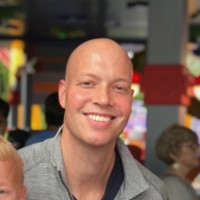 Headshot of Jonathan Tenenbaum